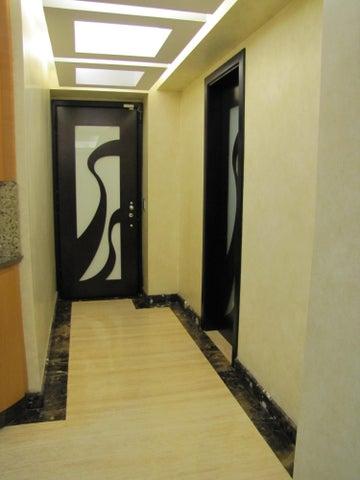 Apartamento Distrito Metropolitano>Caracas>Los Pomelos - Venta:301.262.000.000 Precio Referencial - codigo: 16-6644
