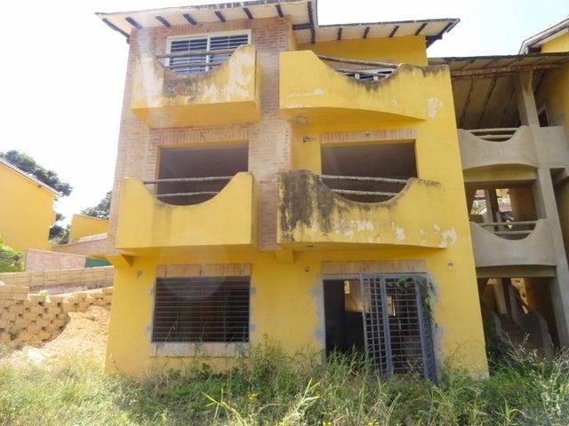 Apartamento Distrito Metropolitano>Caracas>El Hatillo - Venta:22.559.000.000 Bolivares Fuertes - codigo: 16-6650