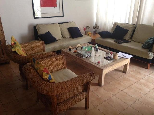 Casa Distrito Metropolitano>Caracas>La California Norte - Venta:152.309.000.000 Precio Referencial - codigo: 16-6724