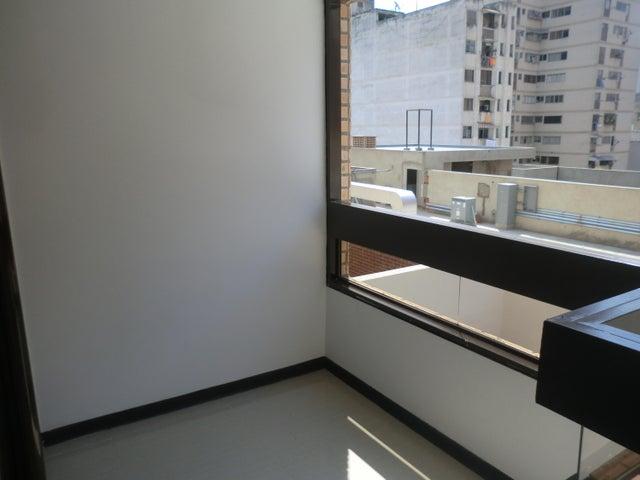 Apartamento Distrito Metropolitano>Caracas>Parroquia La Candelaria - Venta:22.348.000.000 Precio Referencial - codigo: 16-7050