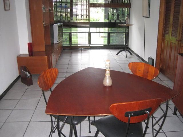 Apartamento Distrito Metropolitano>Caracas>La Florida - Venta:167.455.000.000 Precio Referencial - codigo: 16-6676