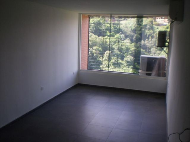 Apartamento Distrito Metropolitano>Caracas>Colinas de La Tahona - Venta:58.340.000.000 Precio Referencial - codigo: 16-6725