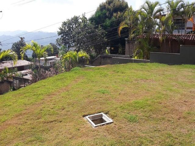 Casa Distrito Metropolitano>Caracas>Oripoto - Venta:73.172.000 Precio Referencial - codigo: 16-6687