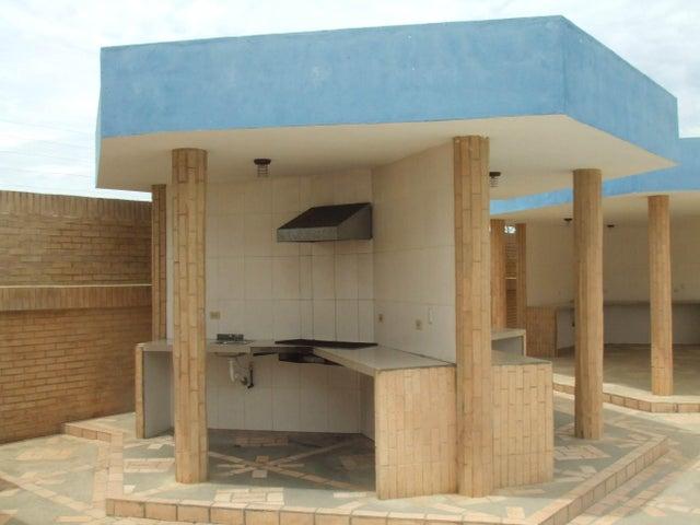 Townhouse Falcon>Tucacas>Tucacas - Venta:2.037.000.000 Bolivares - codigo: 16-6686