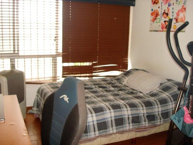 Apartamento Distrito Metropolitano>Caracas>La Alameda - Venta:213.233.000.000 Precio Referencial - codigo: 16-6845