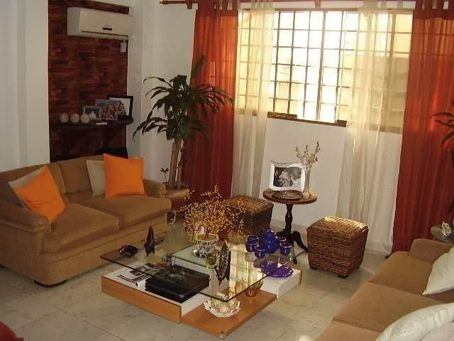 Casa Distrito Metropolitano>Caracas>Monterrey - Venta:101.514.000.000 Bolivares - codigo: 16-6858