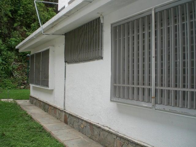 Casa Distrito Metropolitano>Caracas>Colinas de Bello Monte - Venta:236.992.000.000 Precio Referencial - codigo: 16-6867