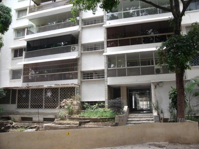 Apartamento Distrito Metropolitano>Caracas>Los Palos Grandes - Venta:159.630.000.000 Precio Referencial - codigo: 16-6883