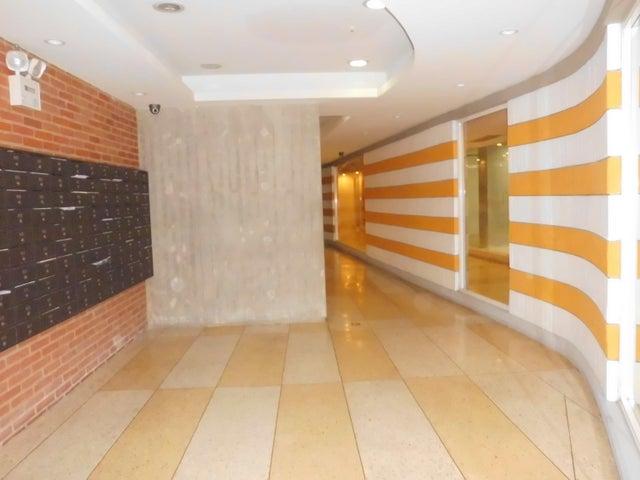 Apartamento Distrito Metropolitano>Caracas>Parroquia La Candelaria - Venta:37.815.000.000  - codigo: 16-6916