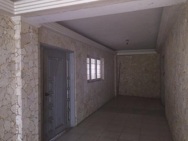 Apartamento Zulia>Ciudad Ojeda>La N - Venta:150.000.000 Bolivares Fuertes - codigo: 16-7144