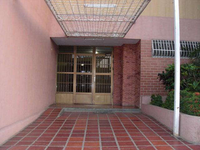 Apartamento Falcon>Coro>450 Años - Venta:53.000.000 Bolivares Fuertes - codigo: 16-6996
