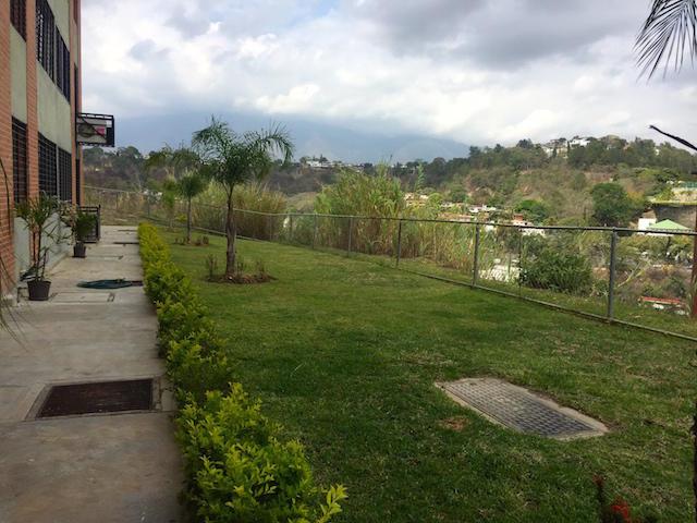 Apartamento Distrito Metropolitano>Caracas>Lomas del Sol - Venta:6.545.000.000 Bolivares Fuertes - codigo: 16-7012
