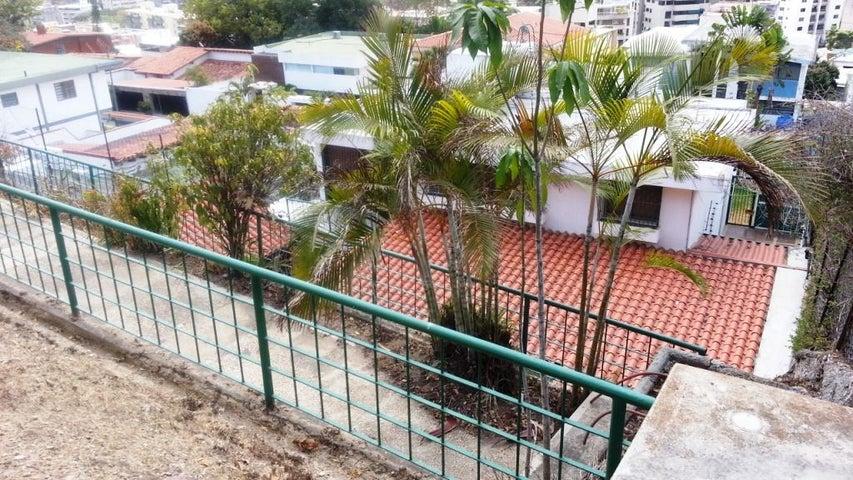 Casa Distrito Metropolitano>Caracas>Cumbres de Curumo - Venta:69.282.000.000 Bolivares - codigo: 16-7081