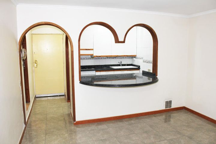 Apartamento Distrito Metropolitano>Caracas>Parque Central - Venta:21.375.000.000 Precio Referencial - codigo: 16-9708