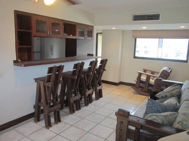 Apartamento Vargas>Catia La Mar>Playa Grande - Venta:58.000 US Dollar - codigo: 16-7079