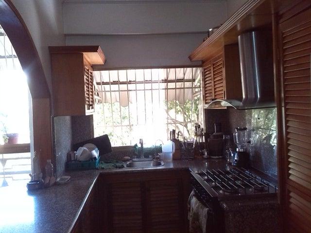 Apartamento Distrito Metropolitano>Caracas>Las Acacias - Venta:64.737.000.000 Precio Referencial - codigo: 16-7108