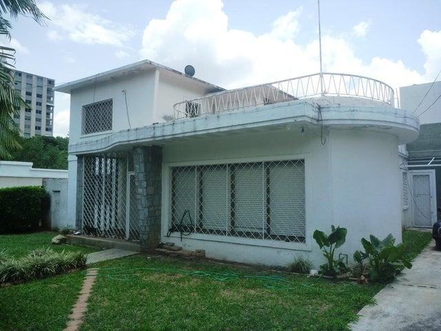 Casa Distrito Metropolitano>Caracas>Los Palos Grandes - Venta:300.942.000.000 Precio Referencial - codigo: 16-6153