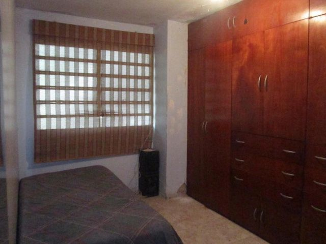 Casa Distrito Metropolitano>Caracas>Hoyo de La Puerta - Venta:180.000 US Dollar - codigo: 16-7158