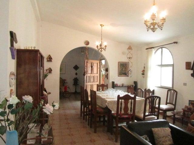 Casa Distrito Metropolitano>Caracas>Hoyo de La Puerta - Venta:40.605.000.000 Bolivares - codigo: 16-7158