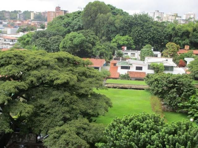 Apartamento Distrito Metropolitano>Caracas>El Marques - Venta:113.438.000.000 Precio Referencial - codigo: 16-7990