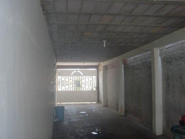 Casa Zulia>Maracaibo>Las Lomas - Venta:42.000.000 Bolivares - codigo: 16-7134