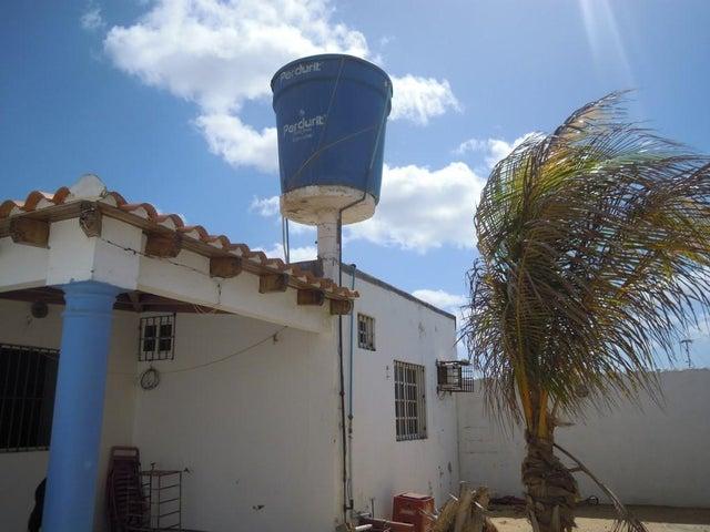 Casa Falcon>Punto Fijo>Villa Marina - Venta:3.359.000.000 Bolivares - codigo: 16-7200