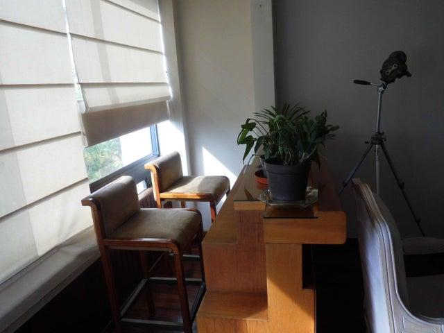 Apartamento Distrito Metropolitano>Caracas>Los Samanes - Venta:73.287.000.000  - codigo: 16-7202