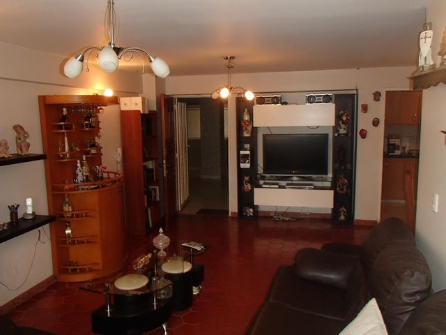 Apartamento Distrito Metropolitano>Caracas>Bello Campo - Venta:97.689.000.000 Precio Referencial - codigo: 16-7296