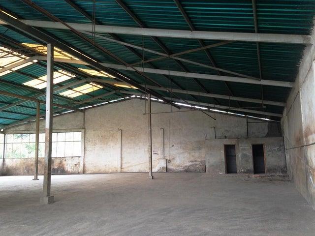 Galpon - Deposito Miranda>Los Teques>Municipio Guaicaipuro - Venta:131.602.000.000 Bolivares - codigo: 16-7300