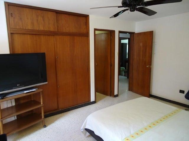 Casa Distrito Metropolitano>Caracas>Montalban I - Venta:80.580.000.000 Bolivares - codigo: 16-7356