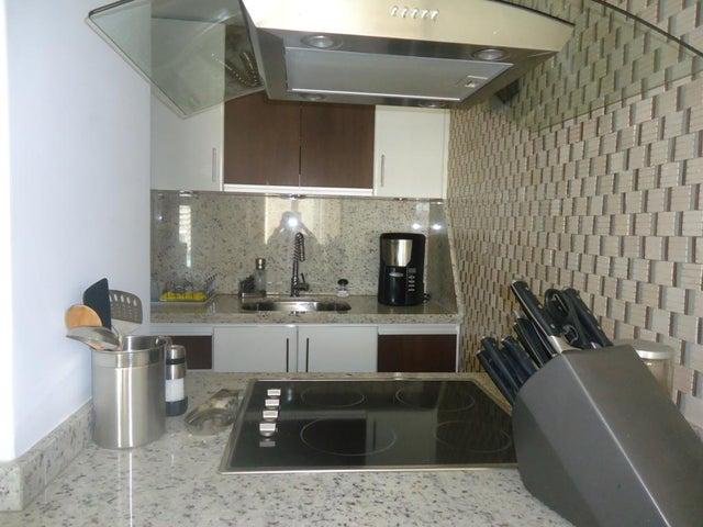 Apartamento Miranda>Higuerote>Puerto Encantado - Venta:91.385.000.000 Precio Referencial - codigo: 16-7343