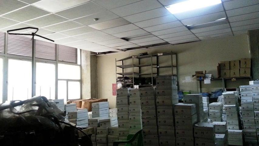 Galpon - Deposito Distrito Metropolitano>Caracas>San Martin - Venta:27.927.000.000 Bolivares - codigo: 16-7405