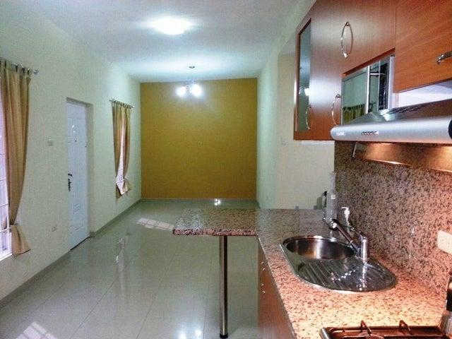 Townhouse Zulia>Ciudad Ojeda>Calle Piar - Venta:7.551.000.000 Bolivares - codigo: 16-7425