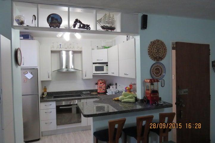 Apartamento Distrito Metropolitano>Caracas>Los Palos Grandes - Venta:29.091.000.000 Bolivares Fuertes - codigo: 16-7510