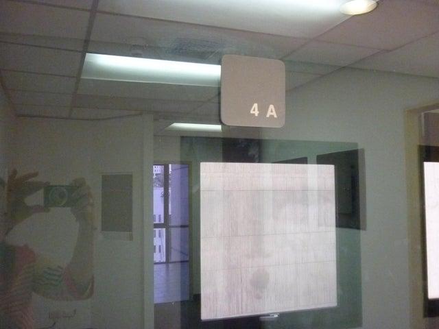 Oficina Distrito Metropolitano>Caracas>El Rosal - Alquiler:1.221.000.000 Precio Referencial - codigo: 16-7561