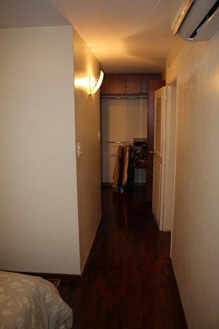 Apartamento Distrito Metropolitano>Caracas>Los Naranjos del Cafetal - Venta:104.855.000.000 Precio Referencial - codigo: 16-7597