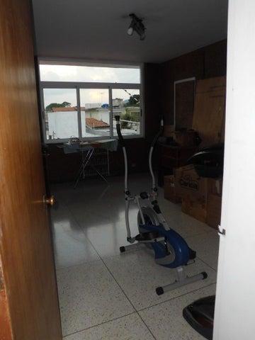 Casa Distrito Metropolitano>Caracas>Colinas de Vista Alegre - Venta:56.401.000.000 Bolivares - codigo: 16-7598