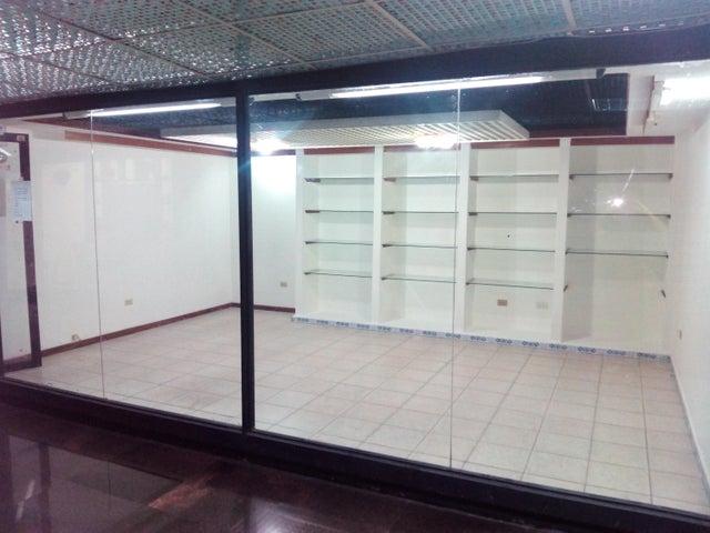 Local Comercial Distrito Metropolitano>Caracas>El Cafetal - Venta:9.309.000.000 Bolivares Fuertes - codigo: 16-7633