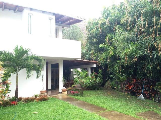 Casa Distrito Metropolitano>Caracas>Piedra Azul - Venta:295.000 Precio Referencial - codigo: 16-7681