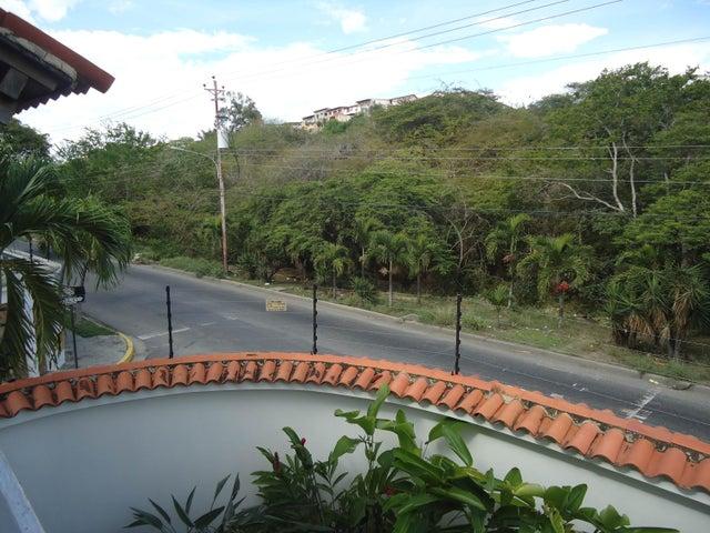 Casa Lara>Barquisimeto>Club Hipico Las Trinitarias - Venta:18.105.000.000 Bolivares - codigo: 16-7684