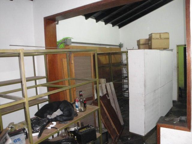 Casa Distrito Metropolitano>Caracas>La Paz - Venta:117.501.000.000 Bolivares - codigo: 16-7726