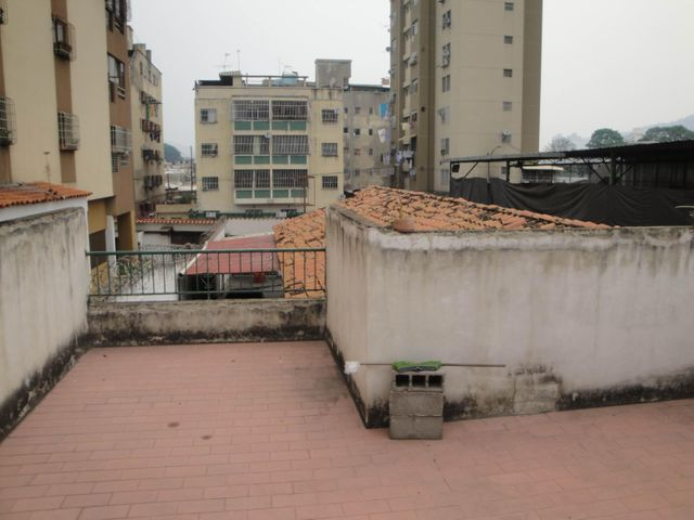 Casa Distrito Metropolitano>Caracas>La Paz - Venta:183.218.000.000 Precio Referencial - codigo: 16-7727