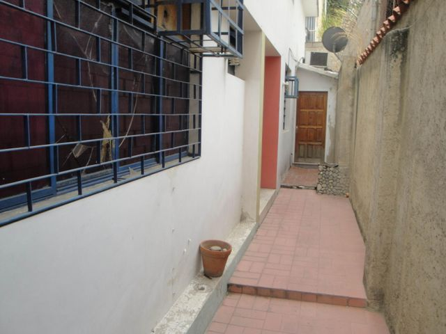Terreno Distrito Metropolitano>Caracas>La Paz - Venta:117.501.000.000 Bolivares - codigo: 16-7735