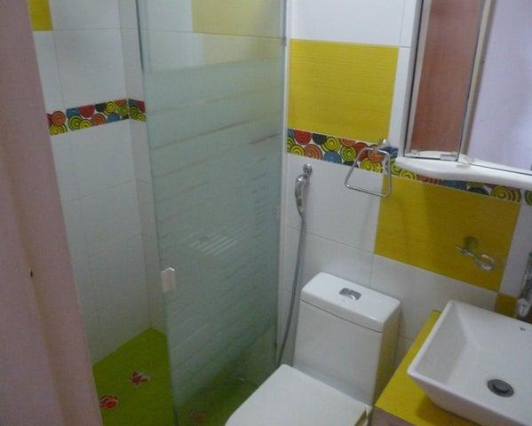 Apartamento Distrito Metropolitano>Caracas>Mariperez - Venta:14.663.000.000 Bolivares Fuertes - codigo: 16-7588