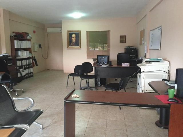 Local Comercial Zulia>Ciudad Ojeda>La 'L' - Venta:17.000 US Dollar - codigo: 16-7770