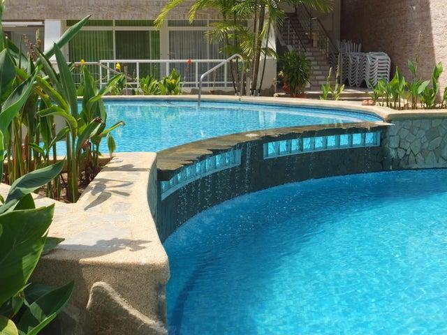 Apartamento Miranda>Higuerote>Puerto Encantado - Venta:24.580.000.000 Precio Referencial - codigo: 16-7789