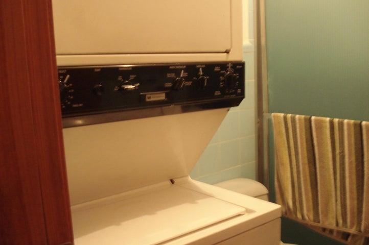 Apartamento Distrito Metropolitano>Caracas>Los Palos Grandes - Venta:42.000 Precio Referencial - codigo: 16-7858