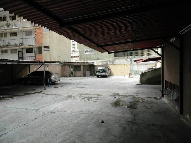 Apartamento Distrito Metropolitano>Caracas>Parroquia La Candelaria - Venta:27.483.000.000 Precio Referencial - codigo: 16-7834