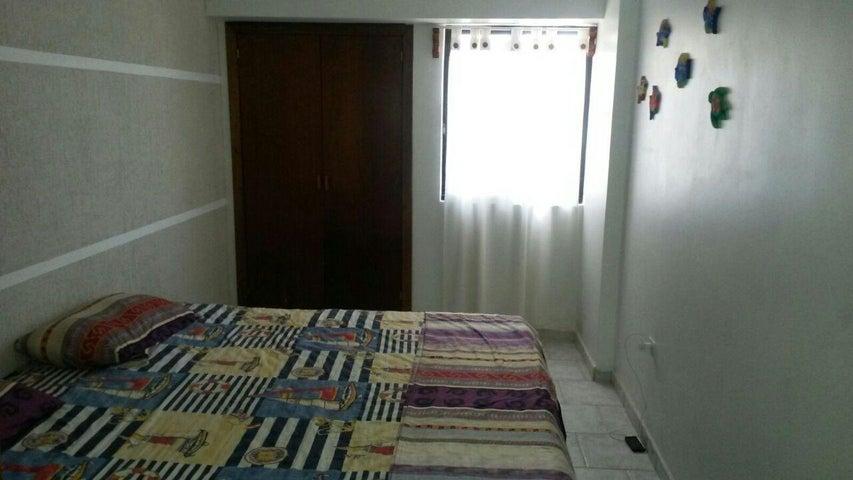 Apartamento Falcon>Tucacas>Tucacas - Venta:65.000.000 Bolivares Fuertes - codigo: 16-7987