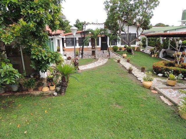Casa Miranda>Rio Chico>Los Canales de Rio Chico - Venta:16.153.000.000 Bolivares - codigo: 16-8266